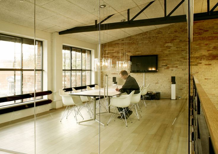 #Cpl clear crystal suspension #lamps at Red Ink office in Denmark, #design by Christian Ploderer for #Prandina  www.prandina.it
