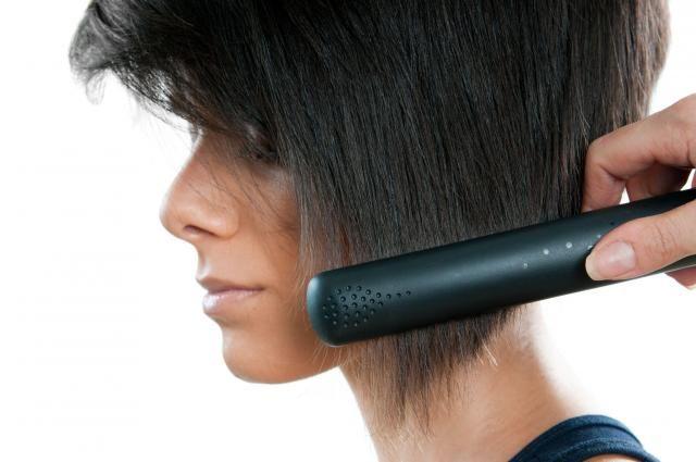 Praktyczny poradnik: Fakty i mity dotyczące prostowania włosów #prostowanie #włosy #proste #prostewłosy