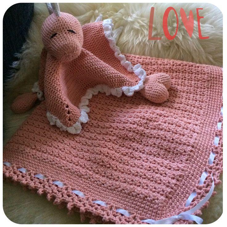 Virkad filt Virkad snuttefilt Crocheted baby blanket