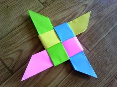 折り紙で作るカラフル手裏剣の作り方 | nanapi [ナナピ]