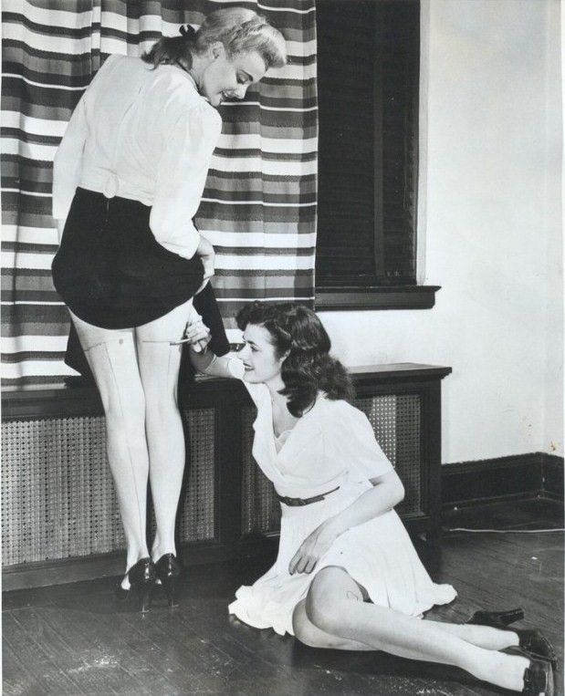 Drawing seams on bare legs during the WWII nylon shortage.