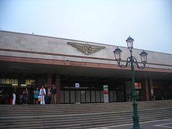 Fachada de la estación de trenes de  Venecia llamada  Santa Lucia -