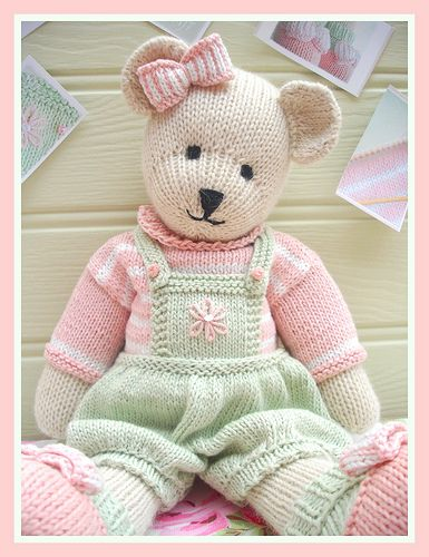 An adorable Bear to knit, pattern from Mary Jane's TeaRoom