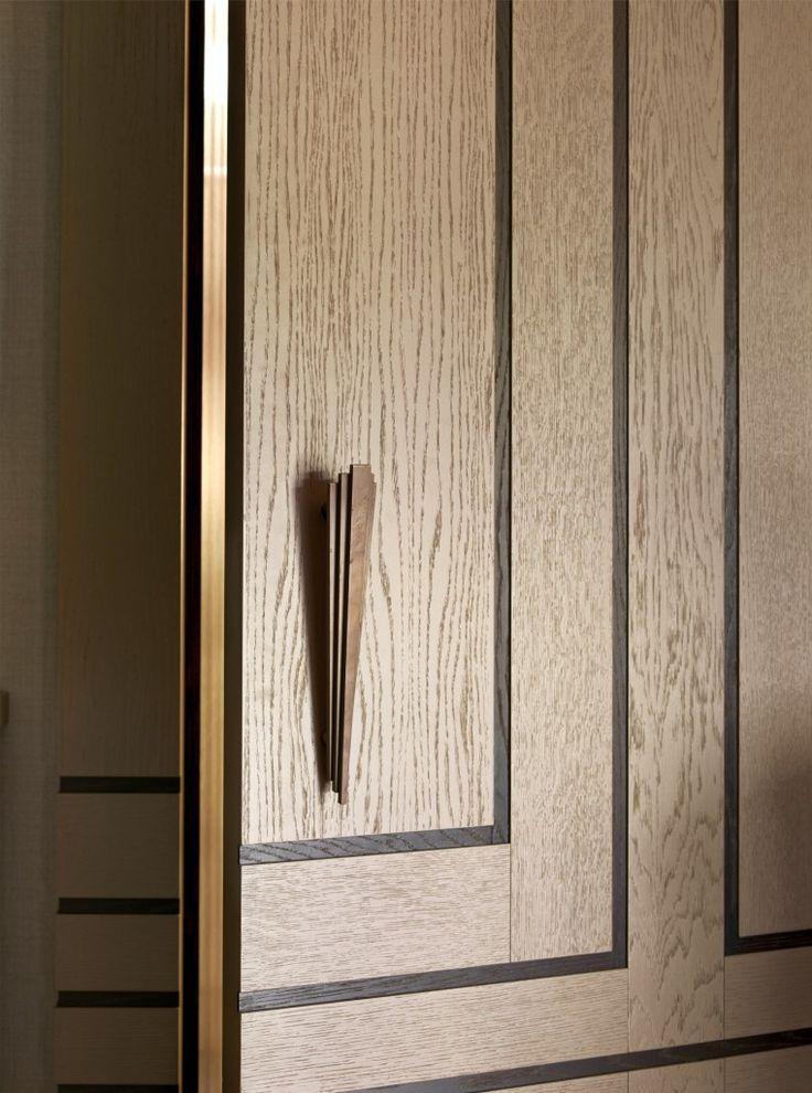 Cupboard detail - Stephen Clasper Interiors