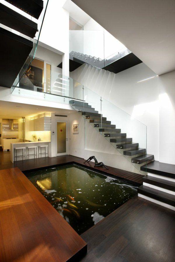 garde-corps en verre, barrière d'escalier contemporaine, bassin intérieur