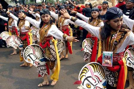 Indonesian Traditional Dance, TARI KUDA LUMPING.