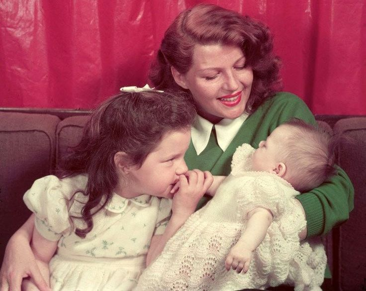 Rita Hayworth with daughters Rebecca Welles and Princess Yasmin Aga Khan in 1950. http://pic.twitter.com/qKWmb2HXUE   Lost In History (@HistoryToLearn) December 3 2017