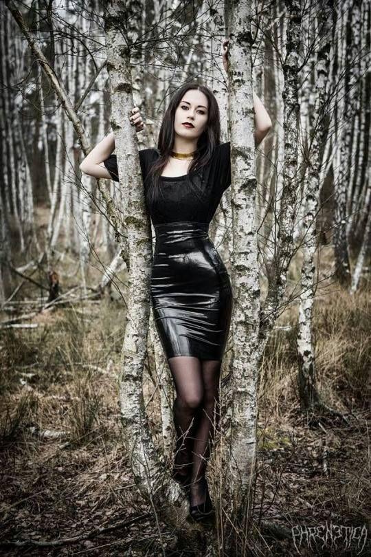 Mb erotic sexy gothic teens