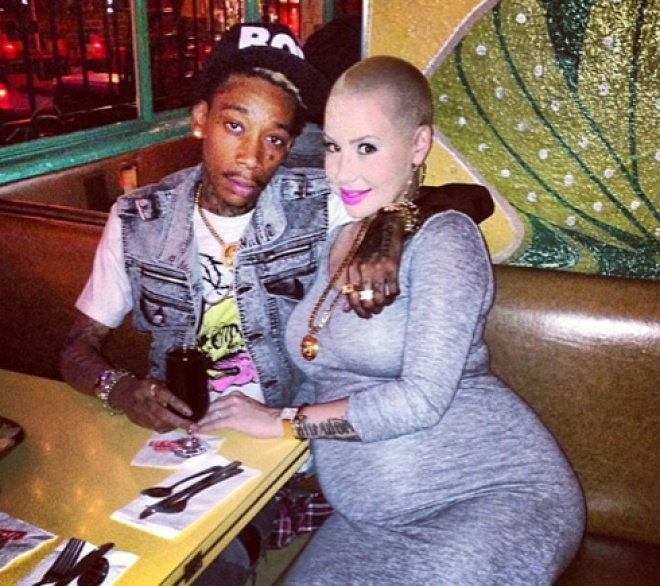 Amber Rose And Wiz Khalifa Share New Pictures As They Prepare For Their First Child [PHOTOS]