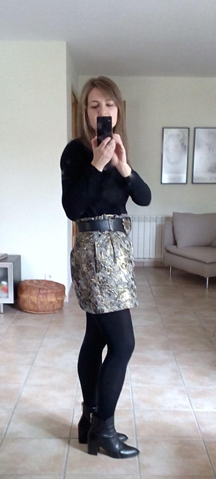 http://byrachelgreen.blogspot.com.es/2015/01/outfit-post-ii-brocade-skirt25.html