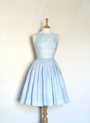 Pale Blue Linen Tiffany Prom Dress - Made by Dig For Victory - FREE SHIPPING worldwide on Etsy, 1 333:33 kr