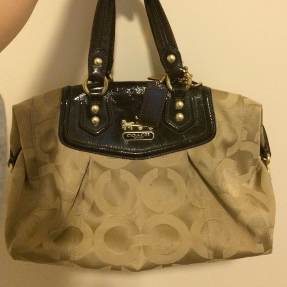 Like new Coach purse for sale No tears. Minimal marks that can be cleaned with purse cleaner. Coach Bags