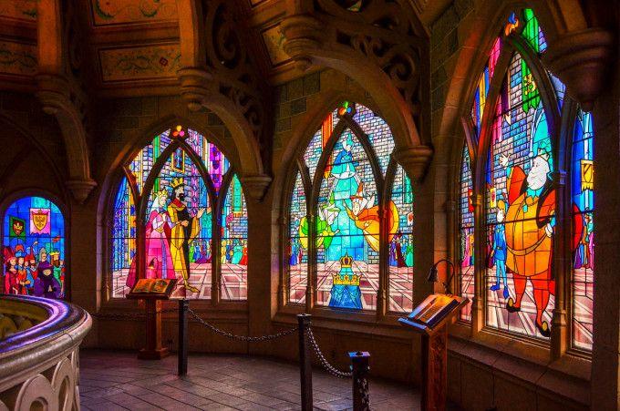 La Galerie de la Belle au Bois Dormant, Sleeping Beauty's Castle, Disneyland Paris