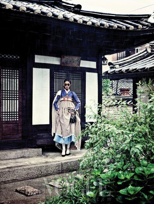 newmodernhanbok:  Design by Chai Kim Youngjin(hanbok) + Kim Hye...