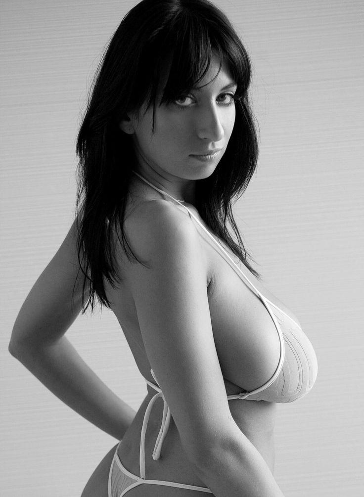 Jana Defi - profile pose in bikini