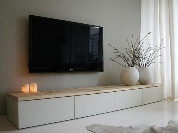 6.Tvkast Karlijn steigerhouten blad en mdf kast