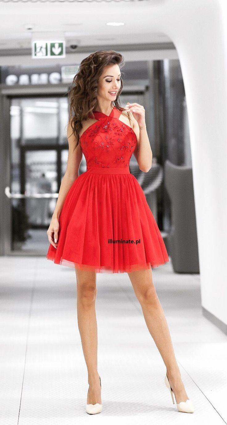 Czerwona rozkloszowana tiulowa sukienka Paris  Red tulle dress Paris <3  -> illuminate.pl