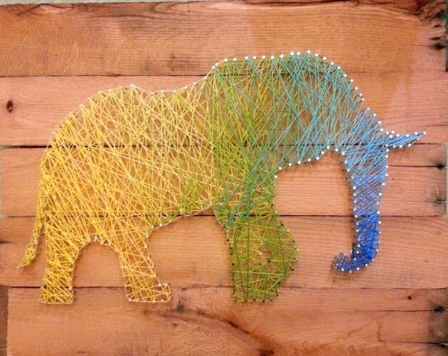 """String Nail Art -  Elephant Gradient  Materials: pallet, 1""""nails, selection of string colors"""