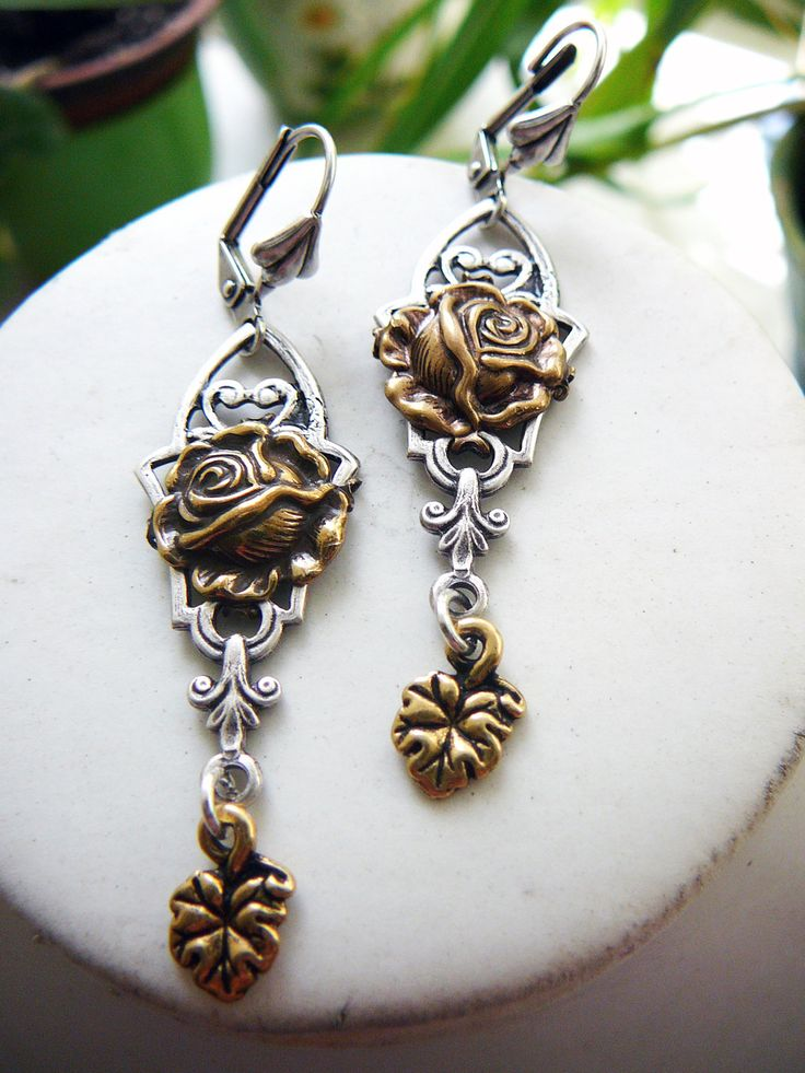 """Vintage silver plated brass earrings """"Victoria"""" by victorianIVAstyle on Etsy"""