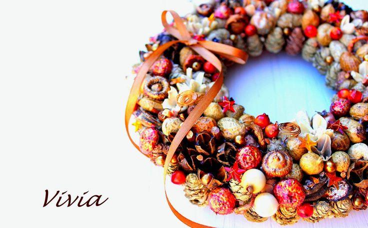 Jesień póżna,adwentwy stroik w brązie i miedzianej czerwieni.