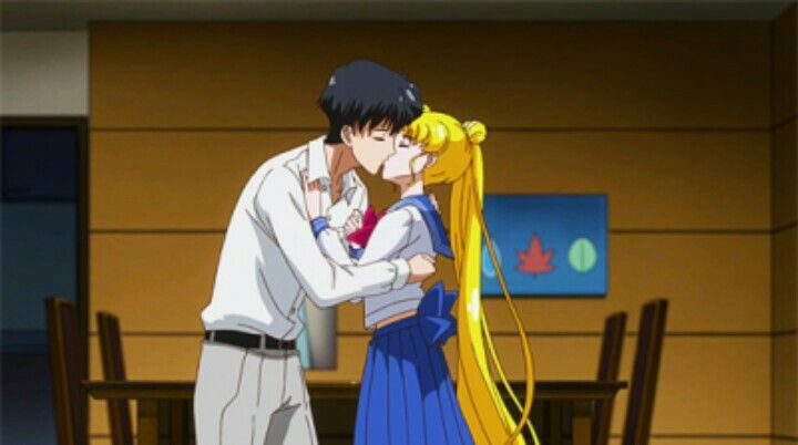 Mamo & Usako kiss