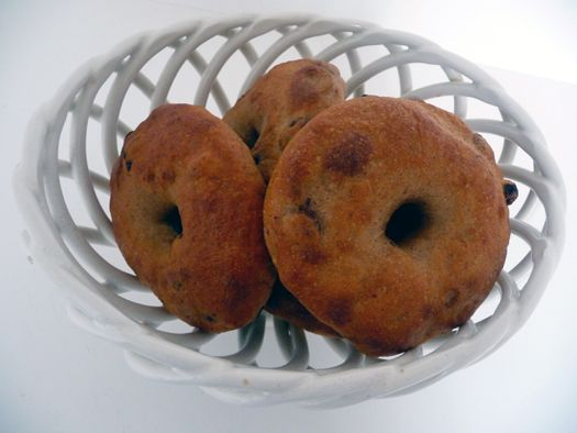 Homemade cinnamon raisin bagels!