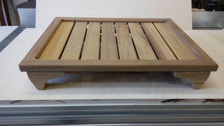Vassoio/tavolino pieghevole da stabilimento balneare