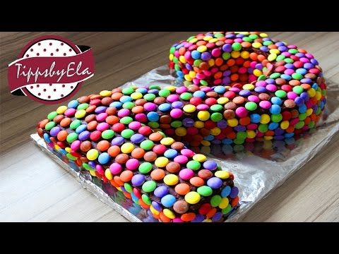 die besten 25 smarties kuchen ideen auf pinterest torte smarties smarties s igkeiten ideen. Black Bedroom Furniture Sets. Home Design Ideas