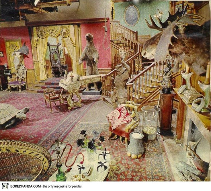 I want my living room to be exactly like this one day. LOVE Addams Family Forever