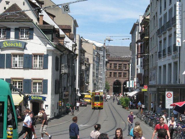 bazylea   Szwajcaria - prawdziwy raj komunikacyjny