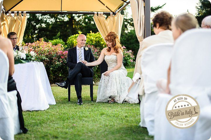 Outdoors ceremony in Villa Borghi, Varese. Ph Emanuele Capoferri http://www.brideinitaly.com/2013/12/capoferri-villa-borghi.html #elegant #italianstyle #wedding