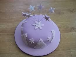 Risultati immagini per torte decorate con pasta di zucchero