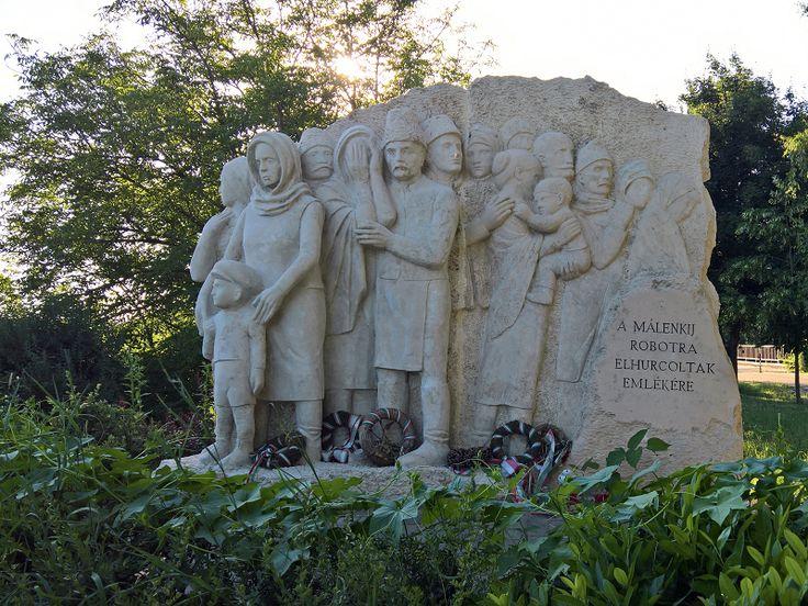 Elhurcoltak emlékműve (Vásárosnamény) http://www.turabazis.hu/latnivalok_ismerteto_4872 #latnivalo #vasarosnameny #turabazis #hungary #magyarorszag #travel #tura #turista #kirandulas
