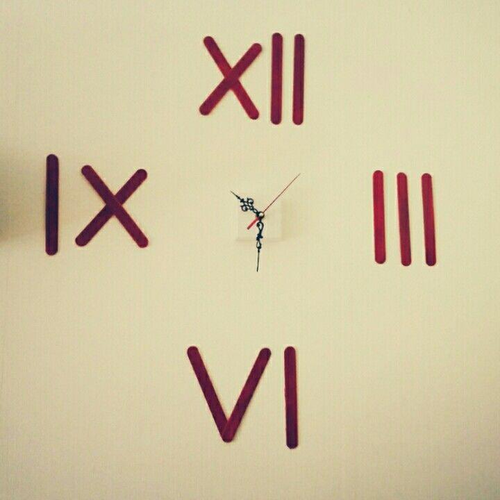 Easy DIY clock ;)