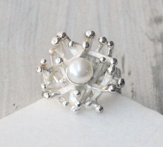 Pearl Ring Sterling Silver and Cultured Pearl by SunSanJewelry
