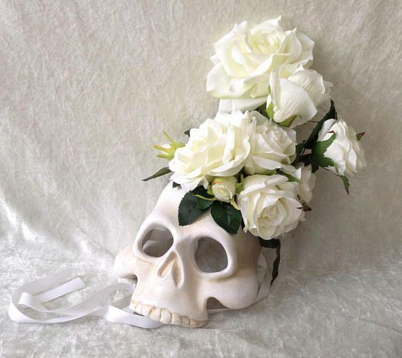 Half masker 'Witte rozen schedel ' Decoratief