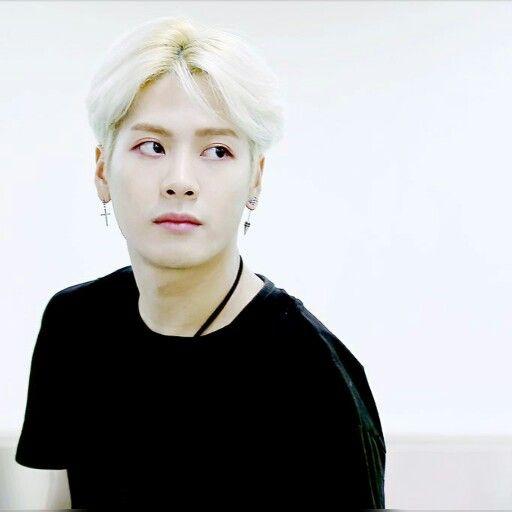 ผลการค้นหารูปภาพสำหรับ jackson got7 blonde hair 600 × 596