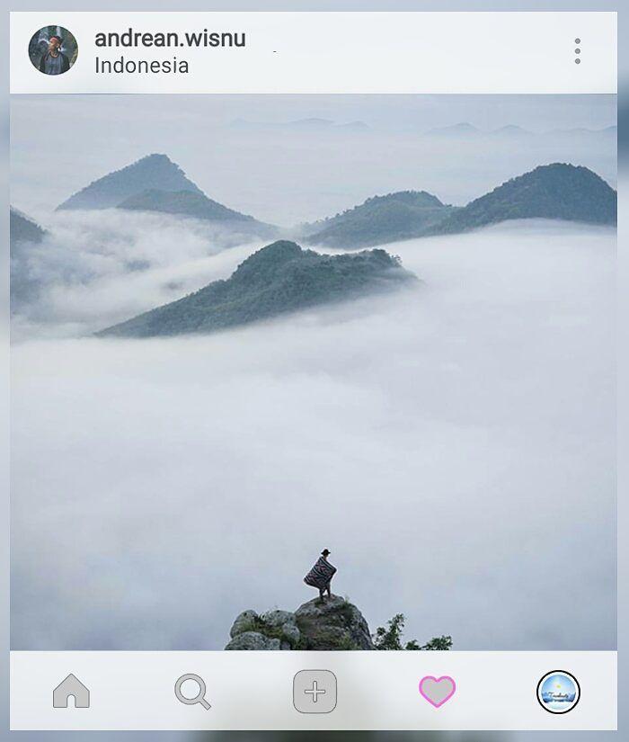 Anything you truly want must be worth fighting for.   Loc: #CumbriHill #Purwantoro #Wonogiri.    Kebayang ga sih kalo jalan-jalan kamu dibikin kegiatan #TravelGame yang menarik dan unforgetable? Ga cuma dateng foto lalu pulang gitu aja. Yuk cek  www.travelmate.today/travelgame untuk detailnya   Tag #travelmate kamu  #outing #gathering #traveling Travelmate Today IndonesiaTravelmate Today Indonesia