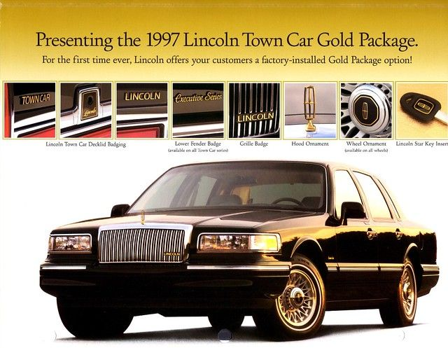 1997 Lincoln Town Car Gold Package In 2020 1997 Lincoln Town Car Lincoln Town Car Car