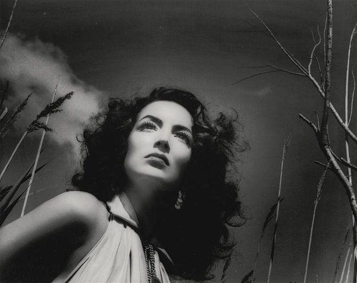 theniftyfifties:    1950s Mexican actress, Maria Felix.
