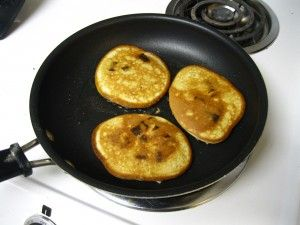 Gluten-free pancakes using protein powder instead of flour and sugar! I'm gonna try this with my chocolate Shakeology and no chocolate chips. :)