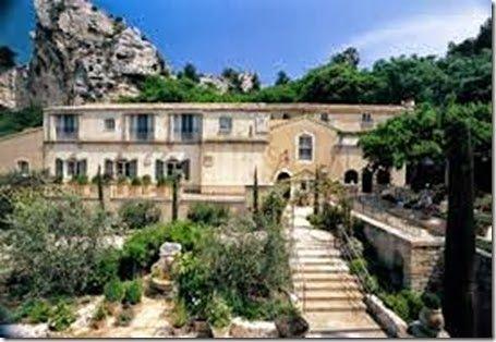 Ousteau de Beaumaniere in Provence