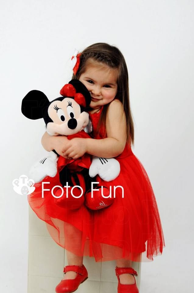 Caty and Minnie Mouse