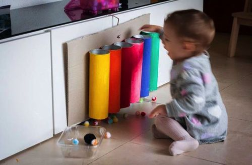 Tavola delle attività Montessori 7