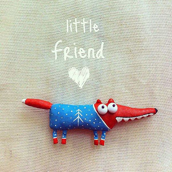 Little fox brooch is a great accessory for any occasion.