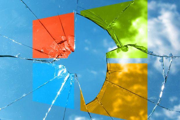 Microsoft w ostatniej dużej aktualizacji usuną opcję wyłączenia Ekranu blokady w Windows 10. Wcześniej była ukryta możliwość w rejestrze lub edytorze lokalnych zasad grupy. Zupełnie niepotrzebny dodatek na desktopach wydłuża tylko czas uruchamiania systemu. Dlaczego takie słabe zagranie? Powodem jest umiejscowienie tam spersonalizowanych reklam dla użytkowników.