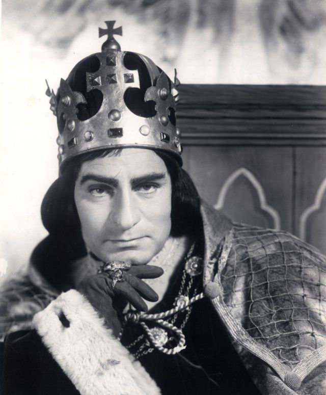 Richard III ~ the Tudor creation, as portrayed by Laurence Olivier.