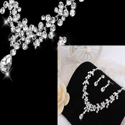 Beautiful White and Silver Petal Drop Rhinestone Necklace and Earrings – UCHARMME.co.nz