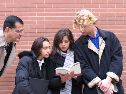 Juegos para romper el hielo para los estudiantes adultos de ESL | eHow en Español