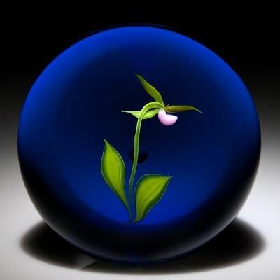 Paul Stankard Paperweights Modern  Beauty in simplicity:
